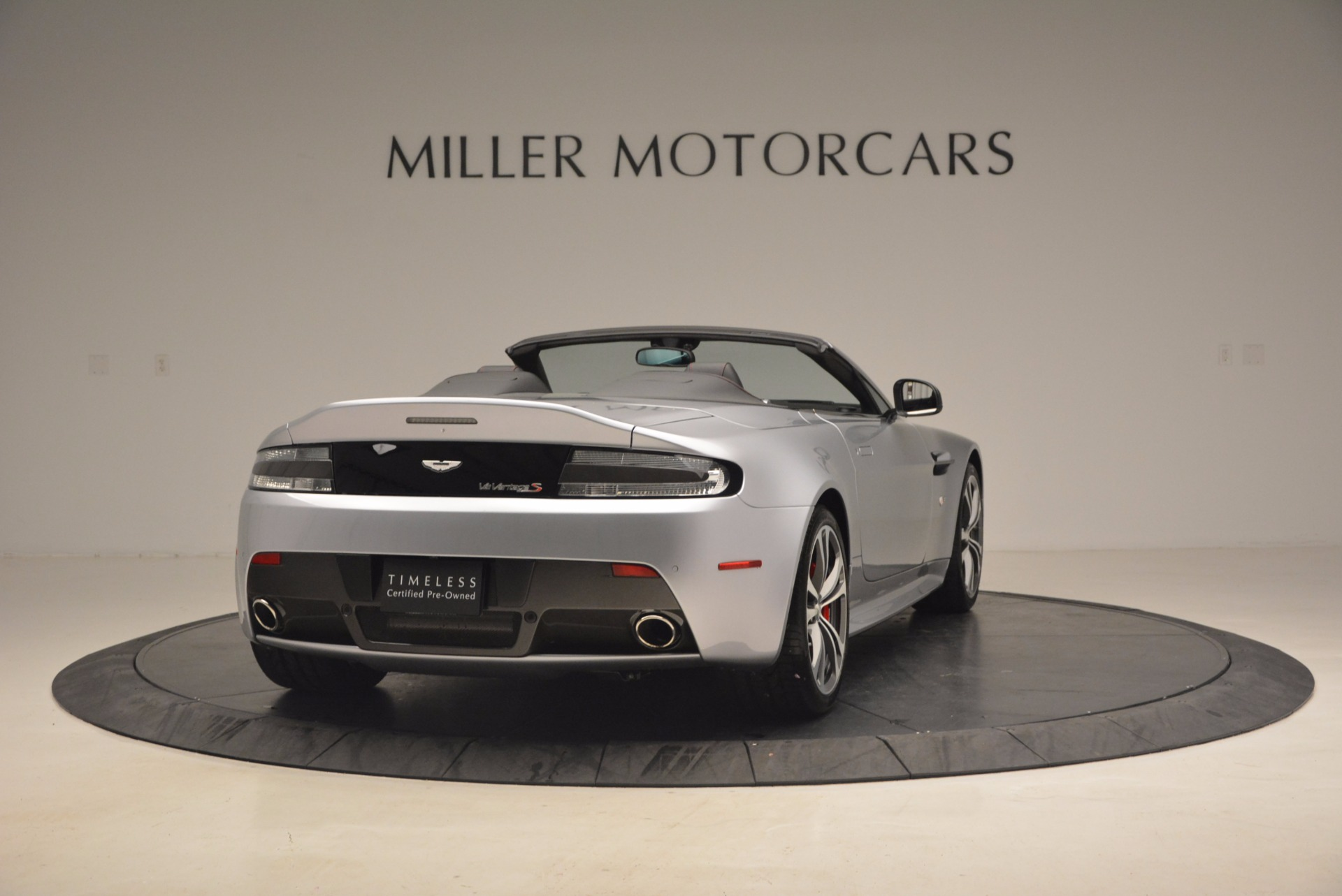 Used 2015 Aston Martin V12 Vantage S Roadster For Sale In Greenwich, CT 1130_p7
