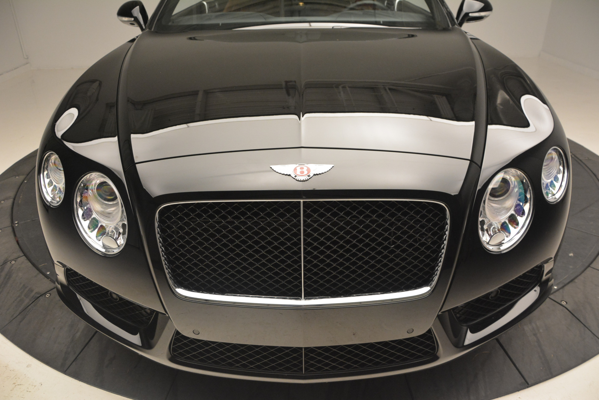 Used 2013 Bentley Continental GT V8 For Sale In Greenwich, CT 1131_p17
