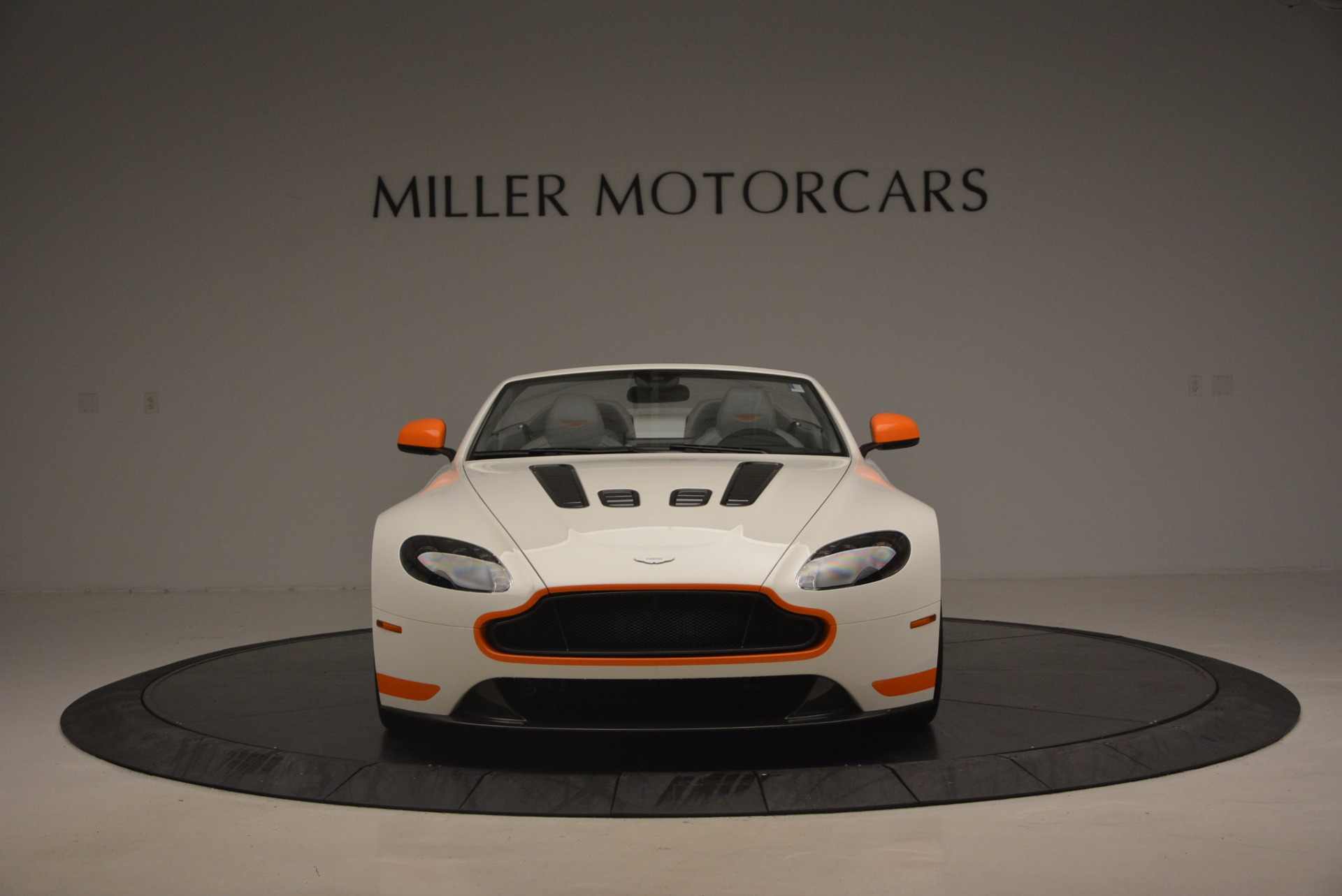 Used 2017 Aston Martin V12 Vantage S Convertible For Sale In Greenwich, CT 1134_p12