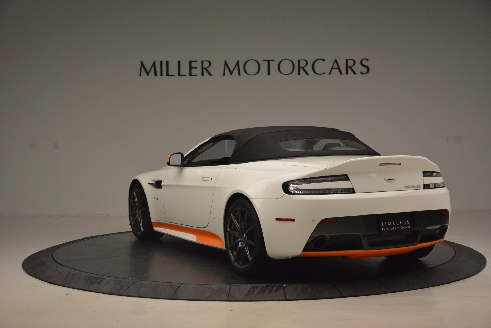 Used 2017 Aston Martin V12 Vantage S Convertible For Sale In Greenwich, CT 1134_p17
