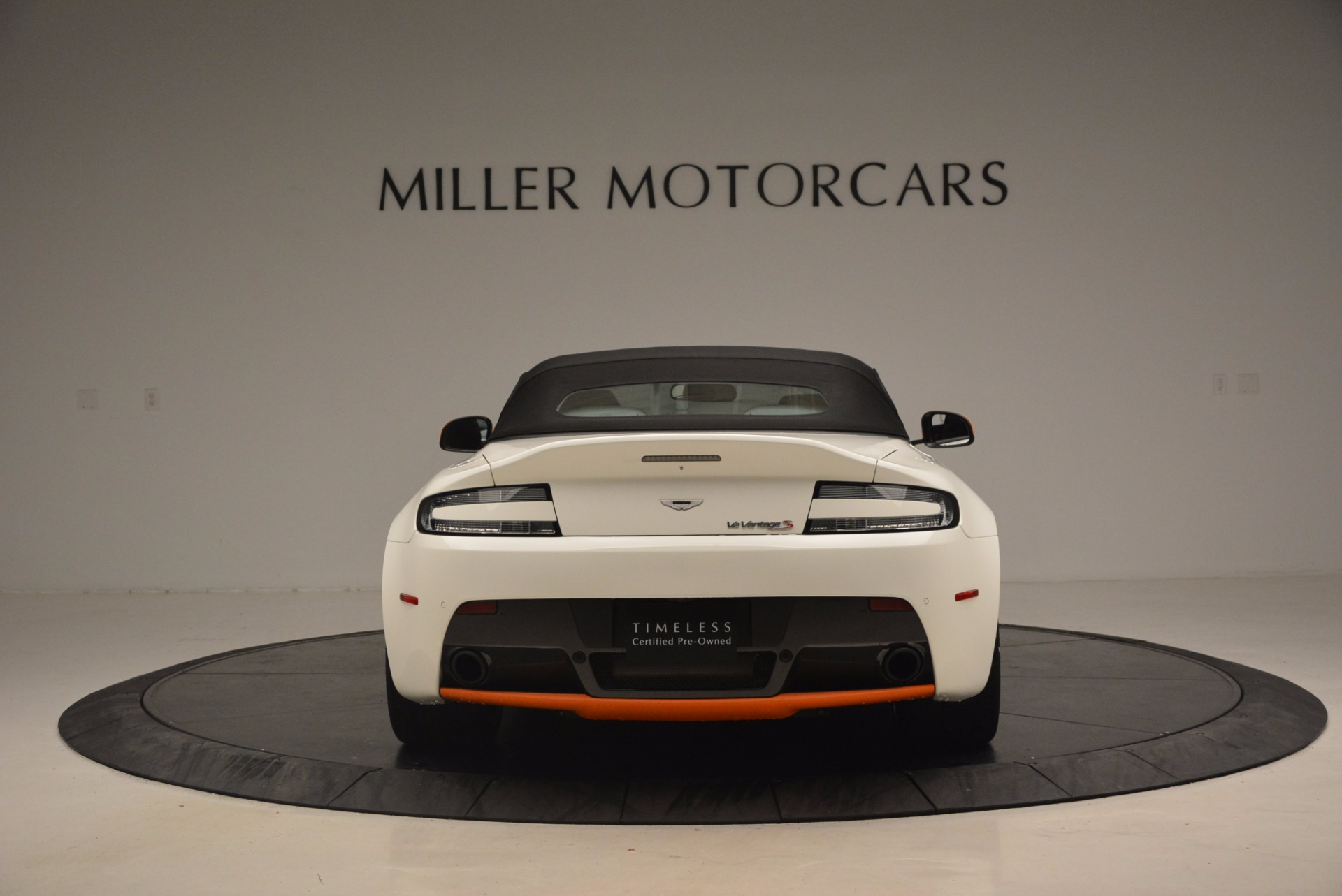 Used 2017 Aston Martin V12 Vantage S Convertible For Sale In Greenwich, CT 1134_p18