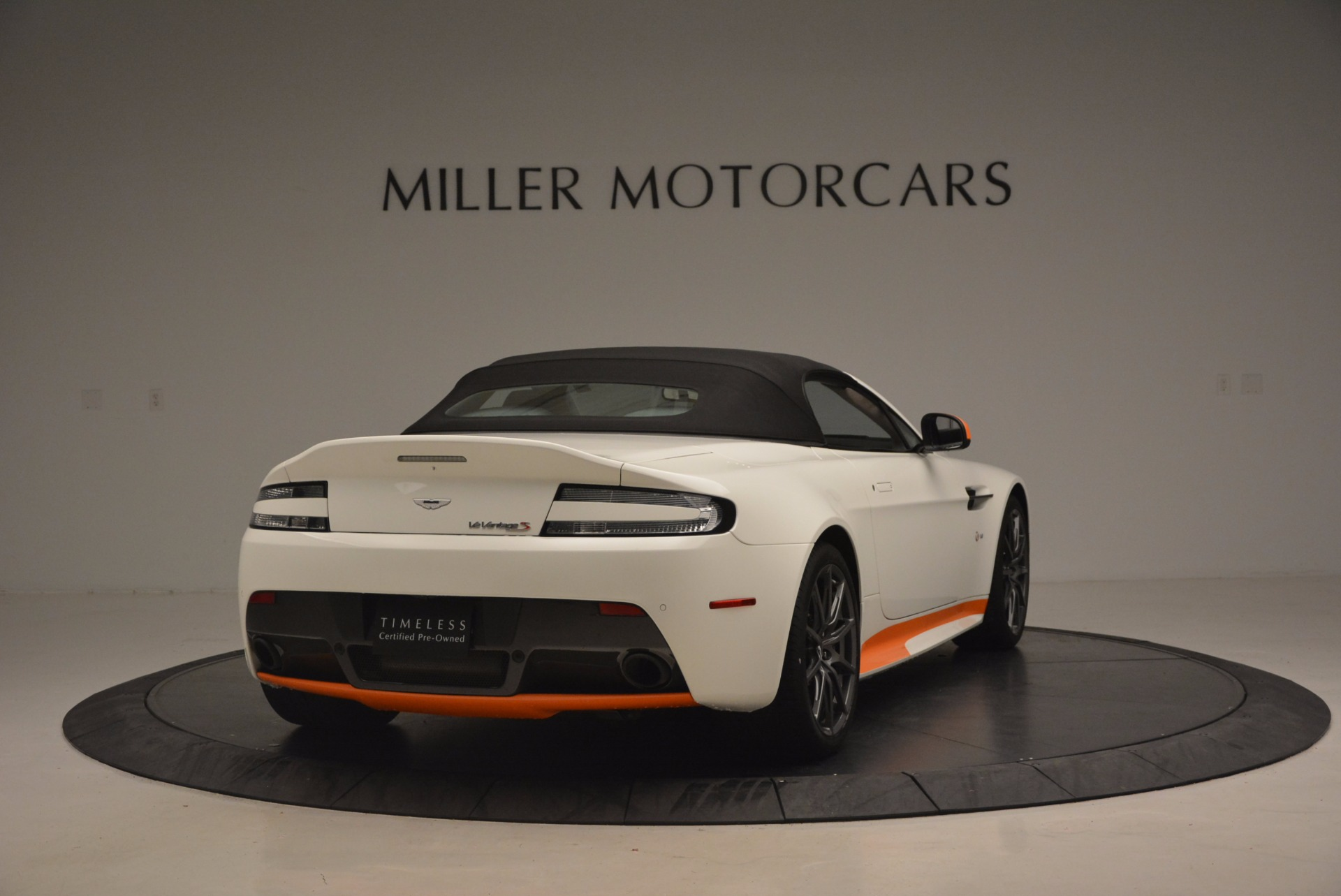 Used 2017 Aston Martin V12 Vantage S Convertible For Sale In Greenwich, CT 1134_p19