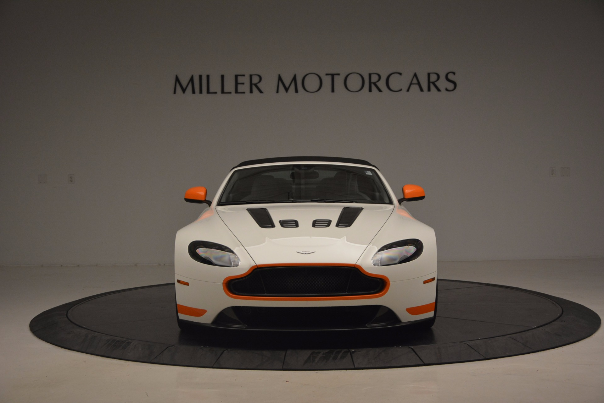 Used 2017 Aston Martin V12 Vantage S Convertible For Sale In Greenwich, CT 1134_p24