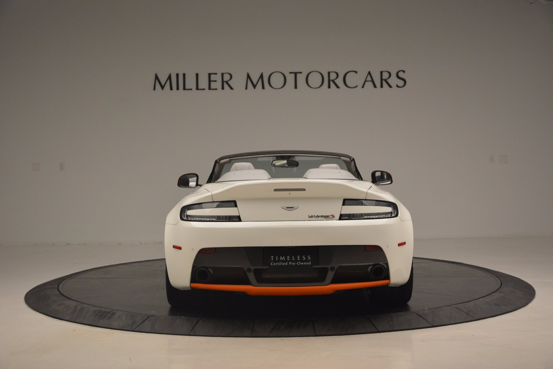 Used 2017 Aston Martin V12 Vantage S Convertible For Sale In Greenwich, CT 1134_p6