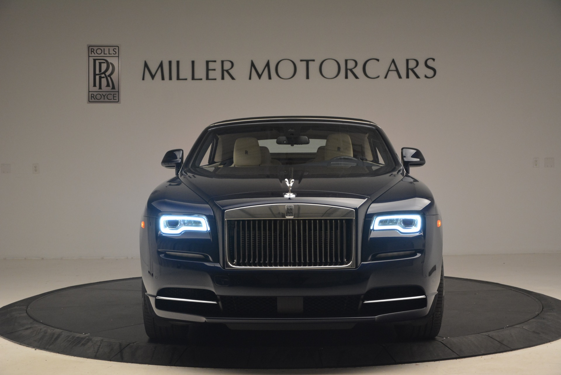 Used 2017 Rolls-Royce Dawn  For Sale In Greenwich, CT 1138_p13