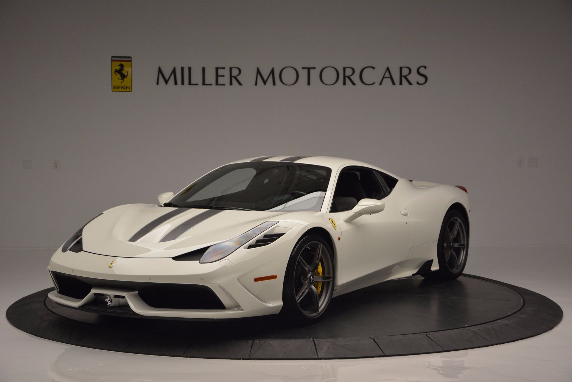 Used 2015 Ferrari 458 Speciale  For Sale In Greenwich, CT 1147_main