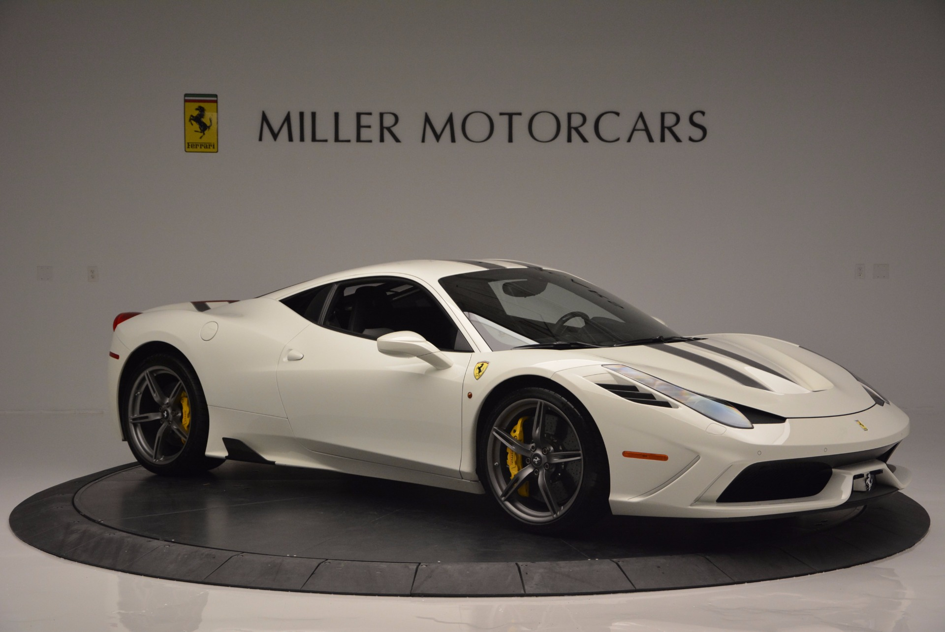 Used 2015 Ferrari 458 Speciale  For Sale In Greenwich, CT 1147_p11