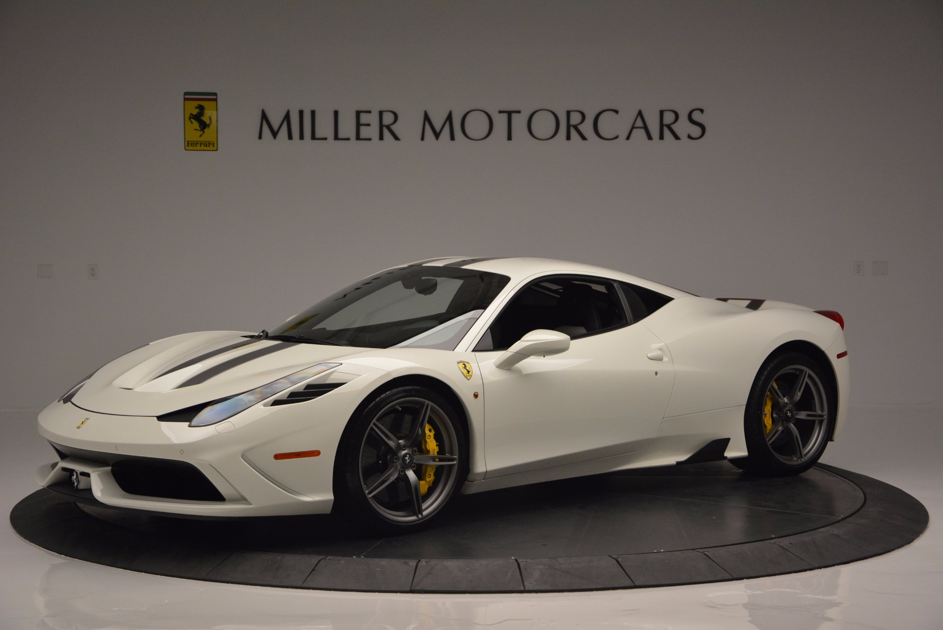 Used 2015 Ferrari 458 Speciale  For Sale In Greenwich, CT 1147_p2