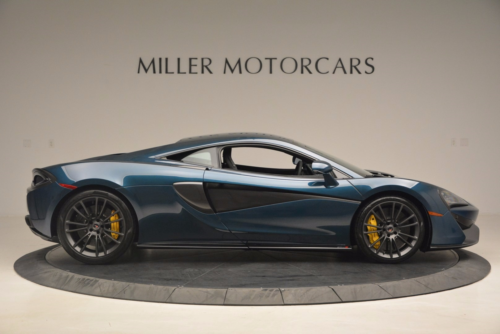 New 2017 McLaren 570S  For Sale In Greenwich, CT 1148_p9