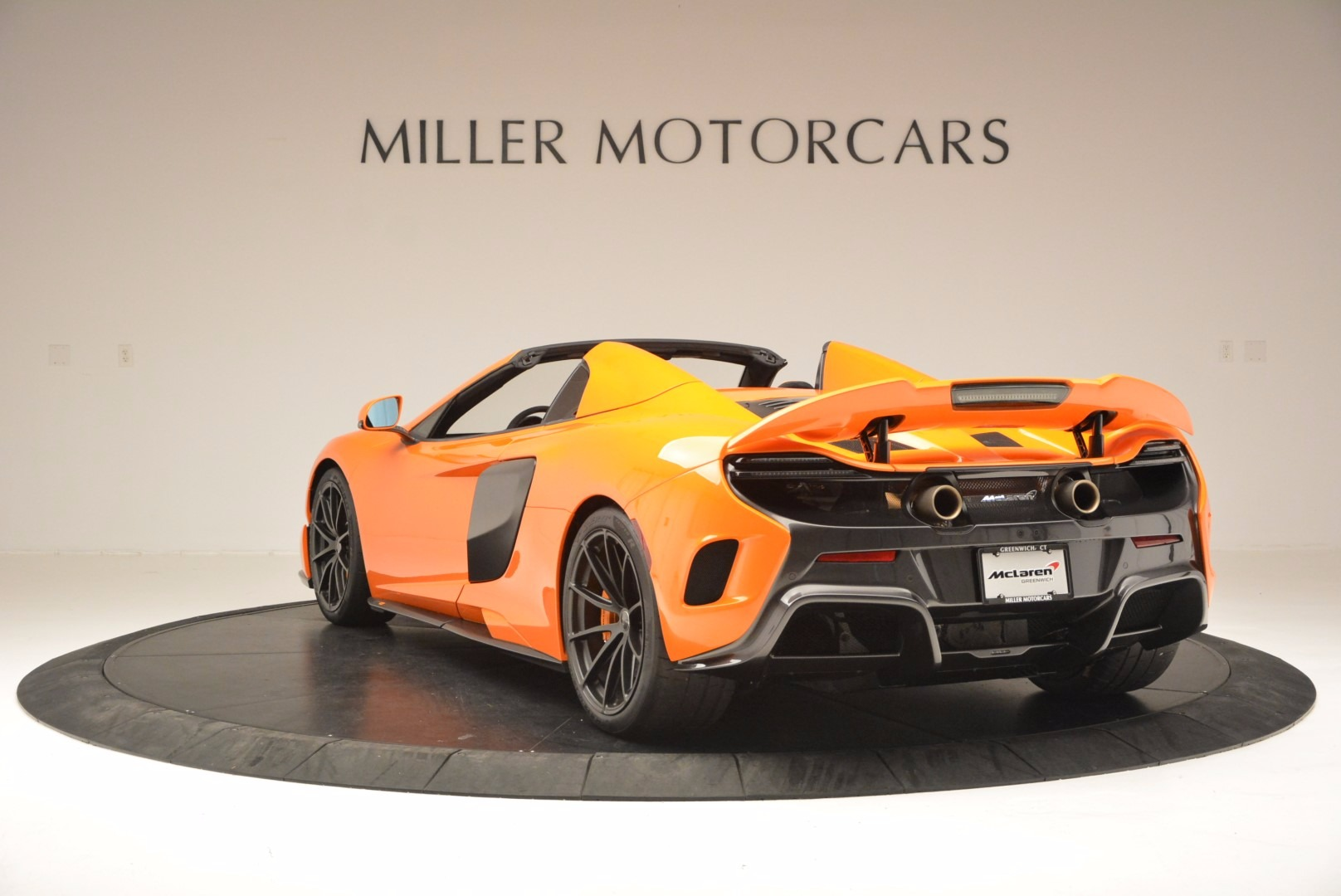 Used 2016 McLaren 675LT Spider Convertible For Sale In Greenwich, CT 1150_p5