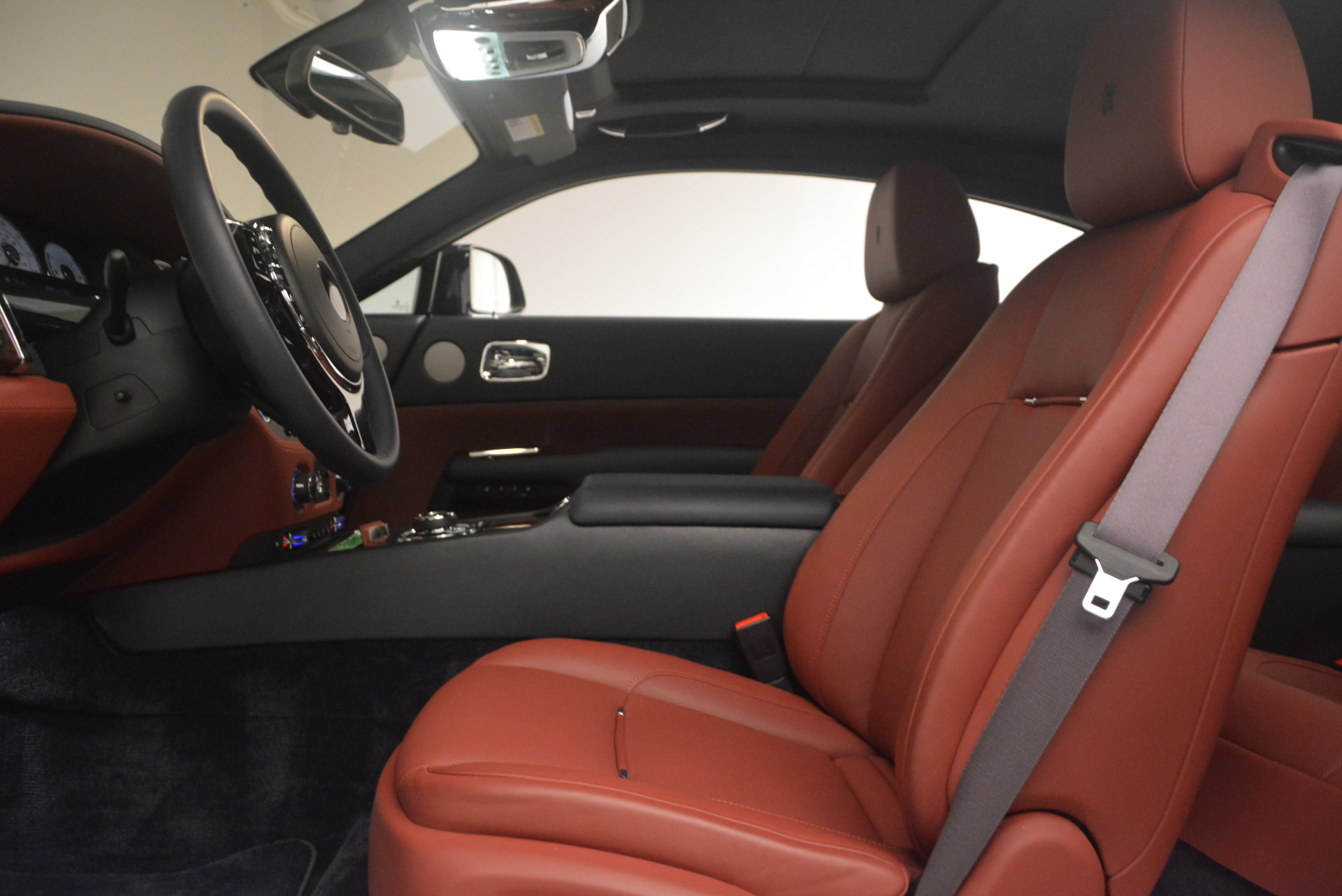 Used 2016 Rolls-Royce Wraith  For Sale In Greenwich, CT 1170_p21