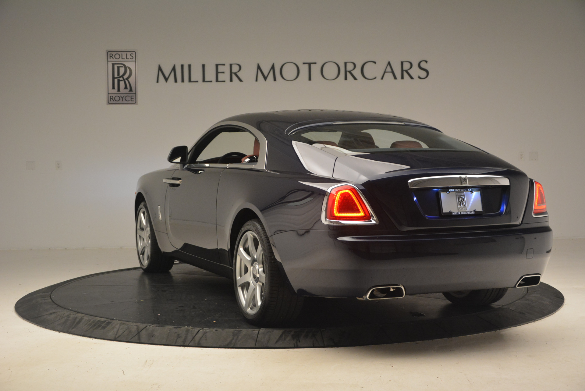 Used 2016 Rolls-Royce Wraith  For Sale In Greenwich, CT 1170_p6