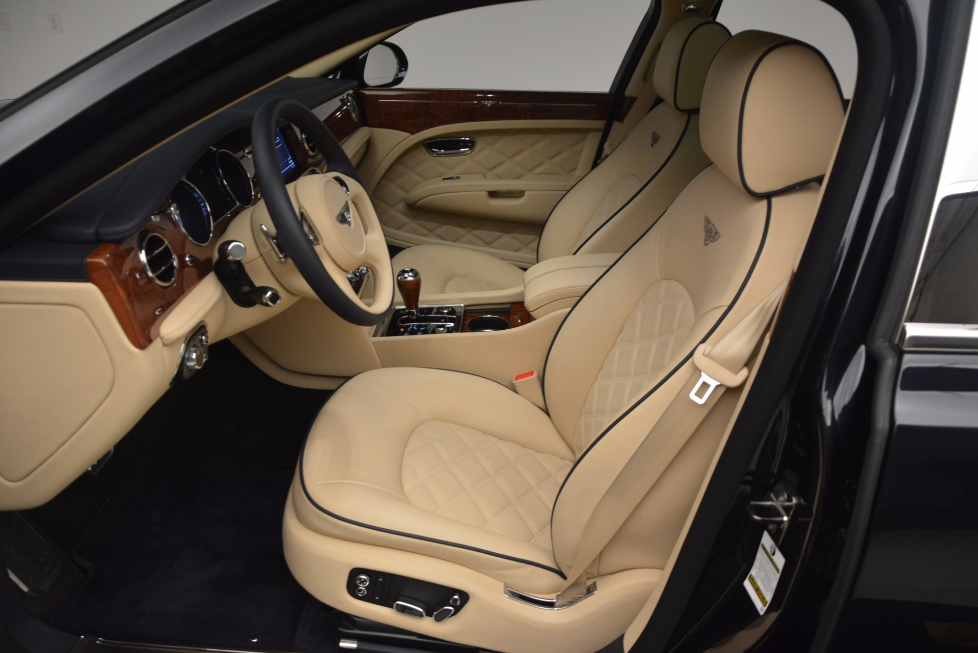Used 2016 Bentley Mulsanne  For Sale In Greenwich, CT 1173_p23