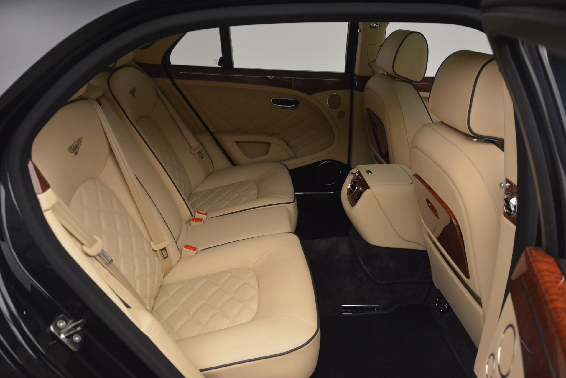 Used 2016 Bentley Mulsanne  For Sale In Greenwich, CT 1173_p42