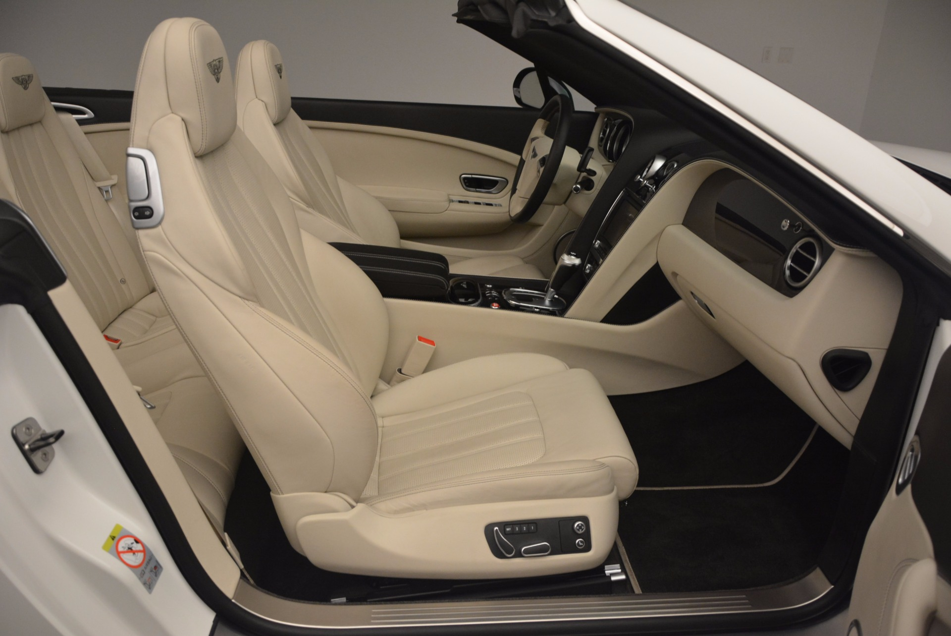 Used 2015 Bentley Continental GT V8 S For Sale In Greenwich, CT 1175_p52