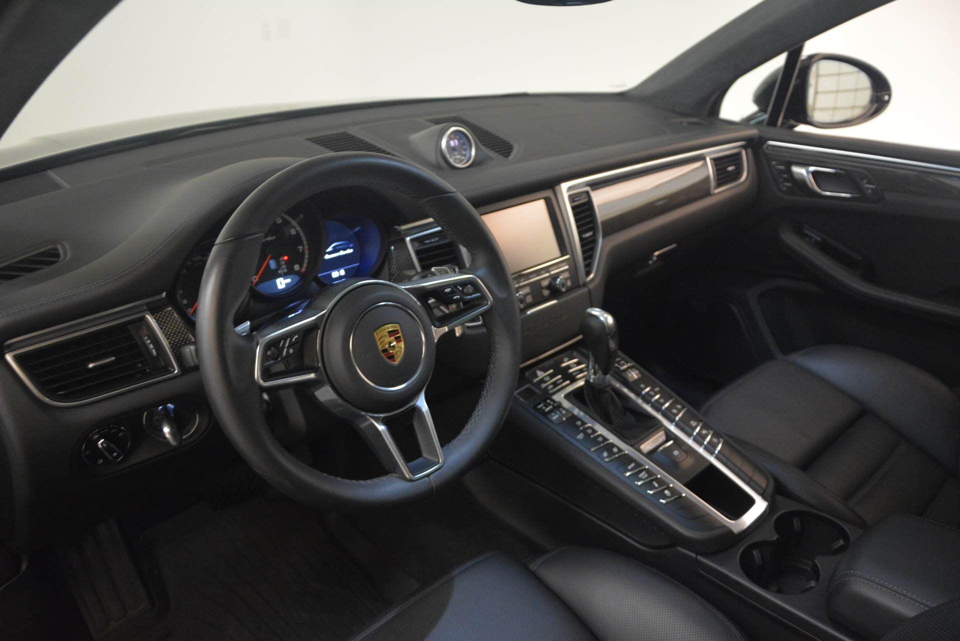 Used 2016 Porsche Macan Turbo For Sale In Greenwich, CT 1177_p17