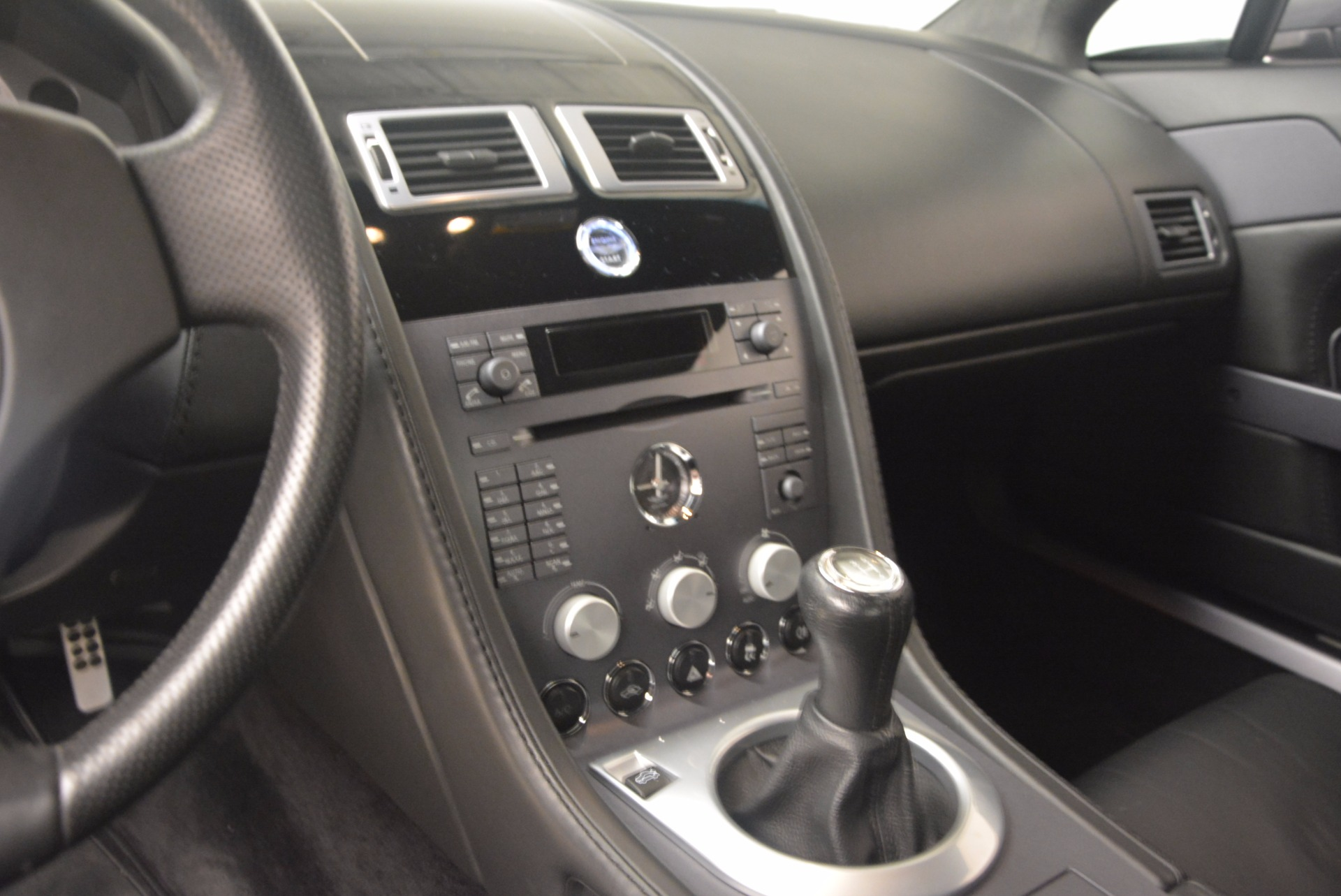 Used 2006 Aston Martin V8 Vantage Coupe  For Sale In Greenwich, CT 1180_p16