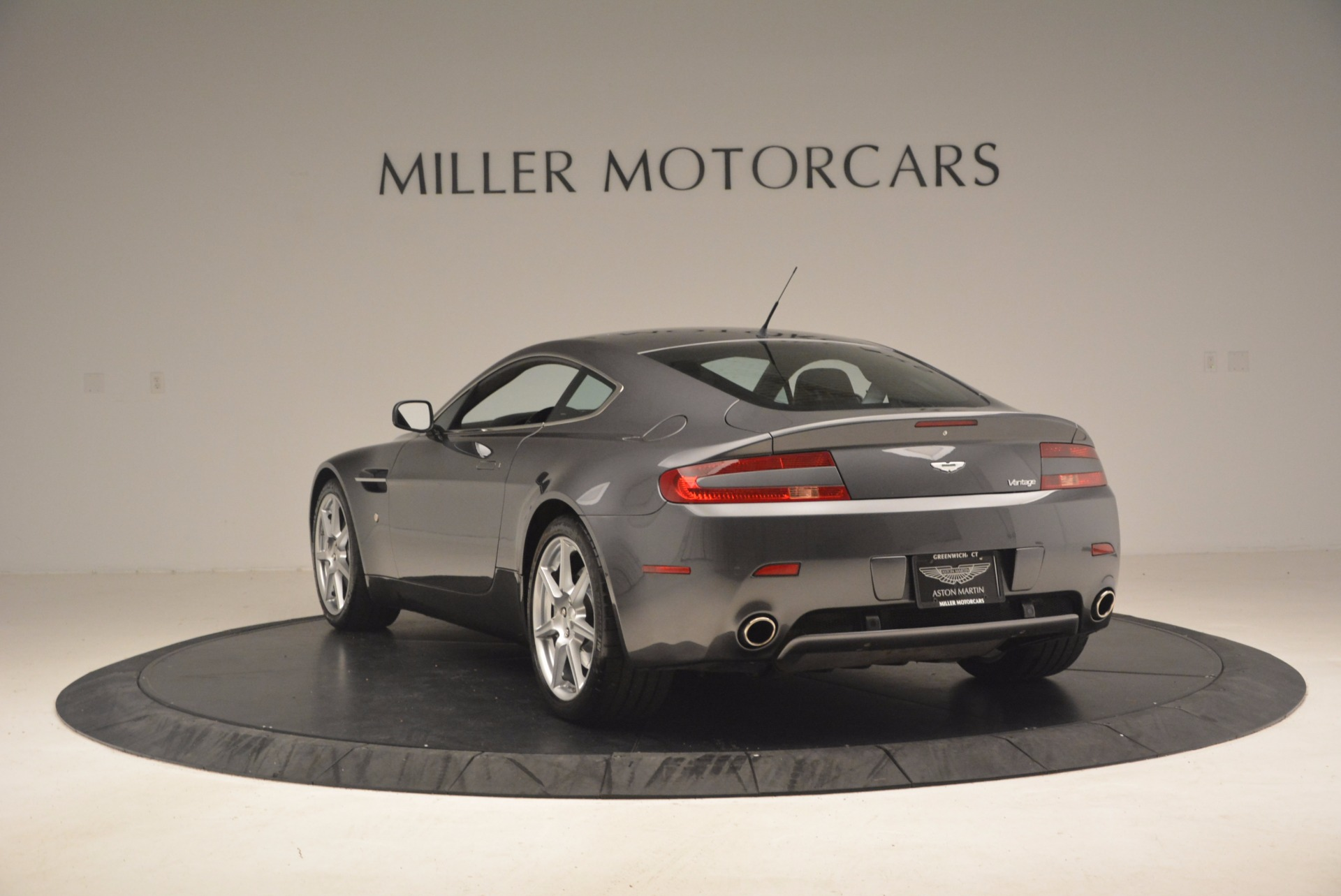 Used 2006 Aston Martin V8 Vantage Coupe  For Sale In Greenwich, CT 1180_p5