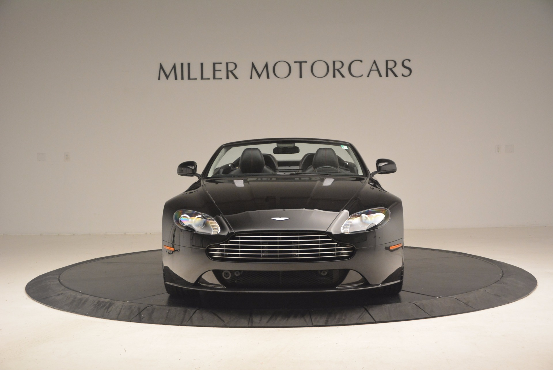 Used 2012 Aston Martin V8 Vantage S Roadster For Sale In Greenwich, CT 1181_p12
