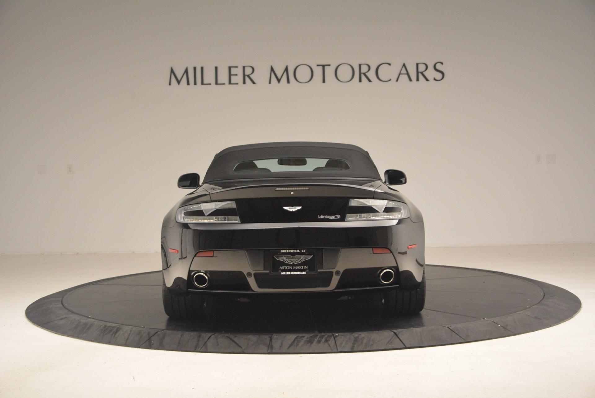 Used 2012 Aston Martin V8 Vantage S Roadster For Sale In Greenwich, CT 1181_p18