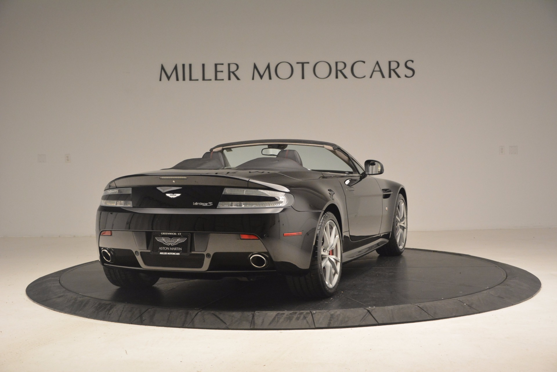 Used 2012 Aston Martin V8 Vantage S Roadster For Sale In Greenwich, CT 1181_p7
