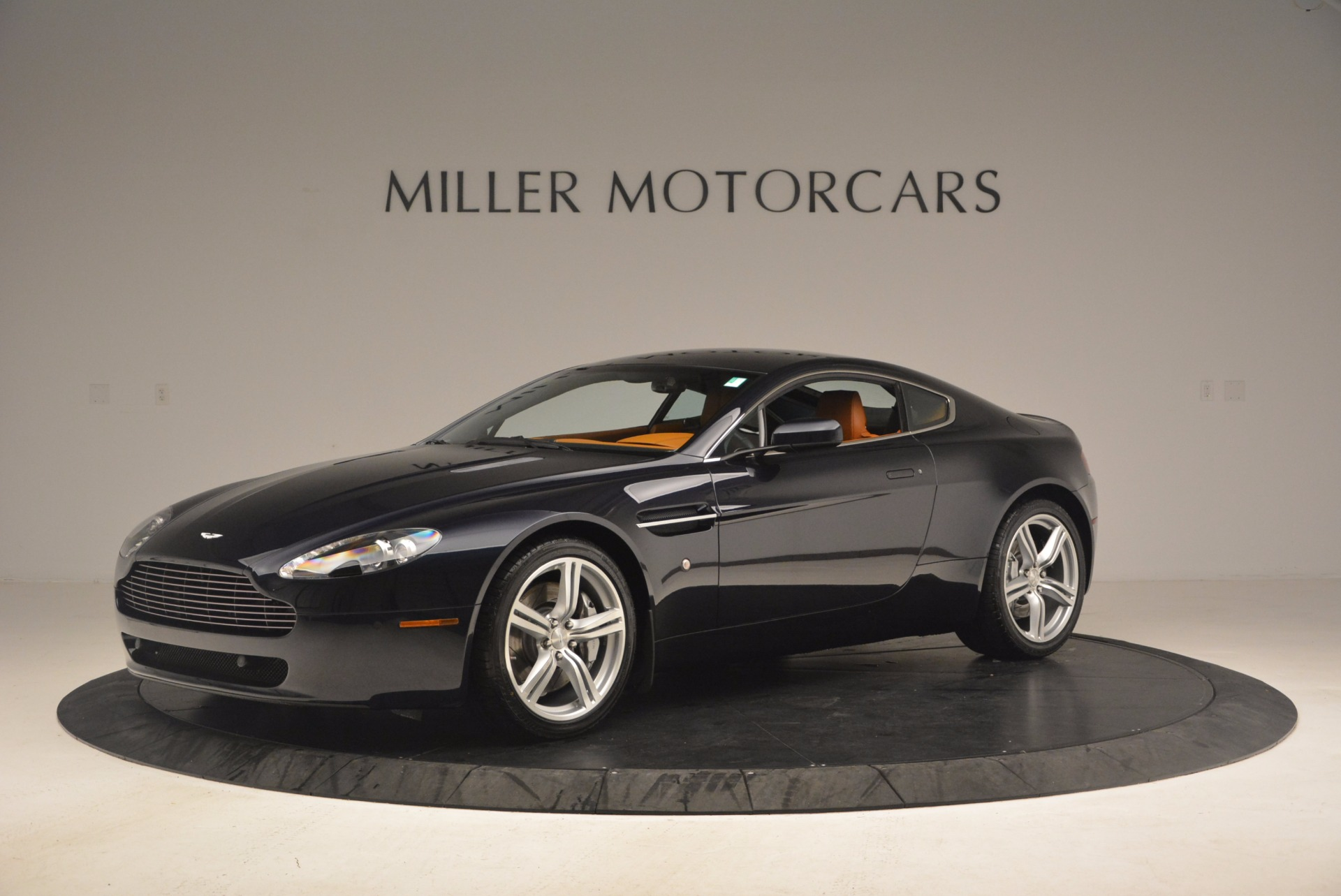 Used 2009 Aston Martin V8 Vantage  For Sale In Greenwich, CT 1183_p2
