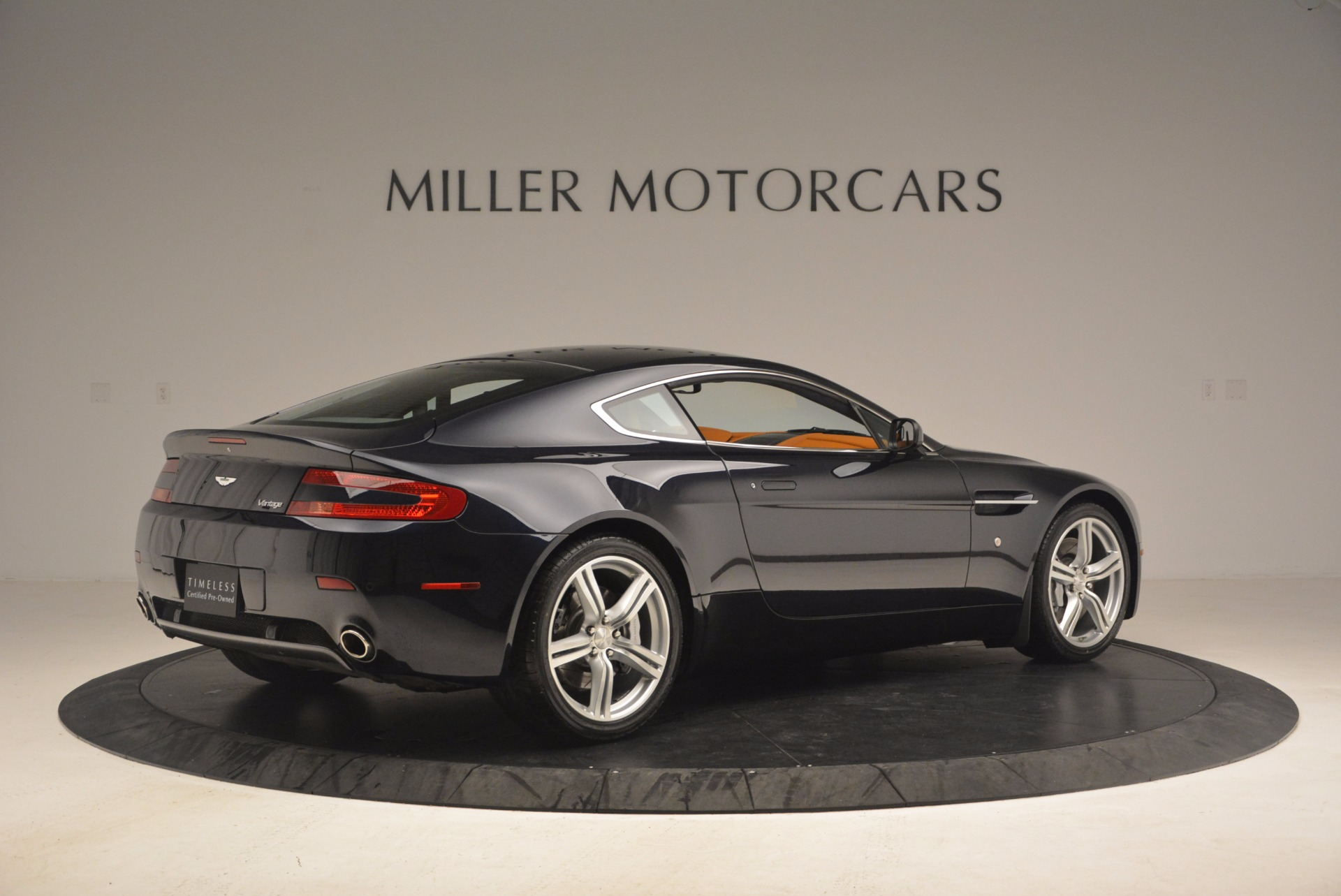 Used 2009 Aston Martin V8 Vantage  For Sale In Greenwich, CT 1183_p8
