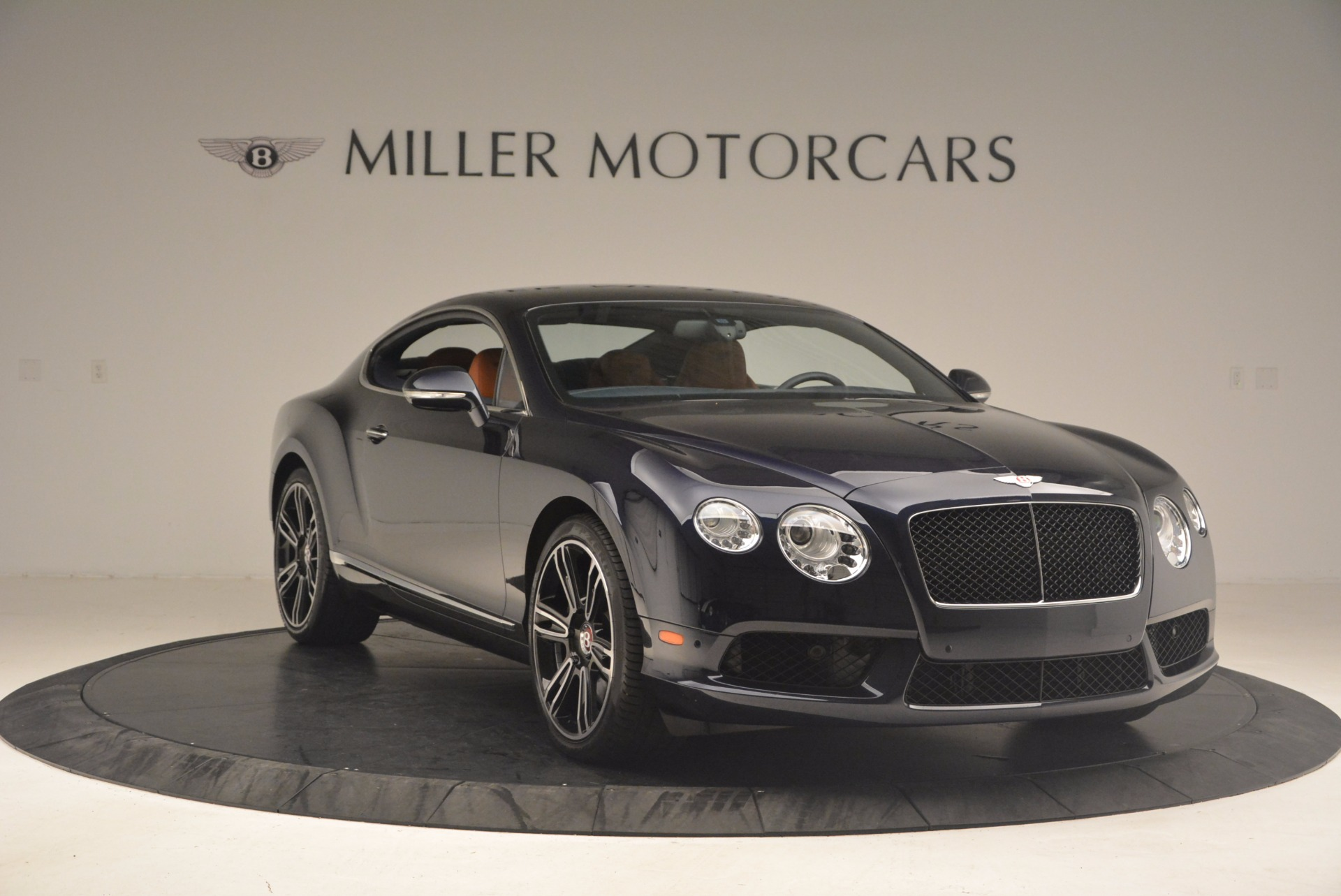 Used 2014 Bentley Continental GT V8 For Sale In Greenwich, CT 1187_p11