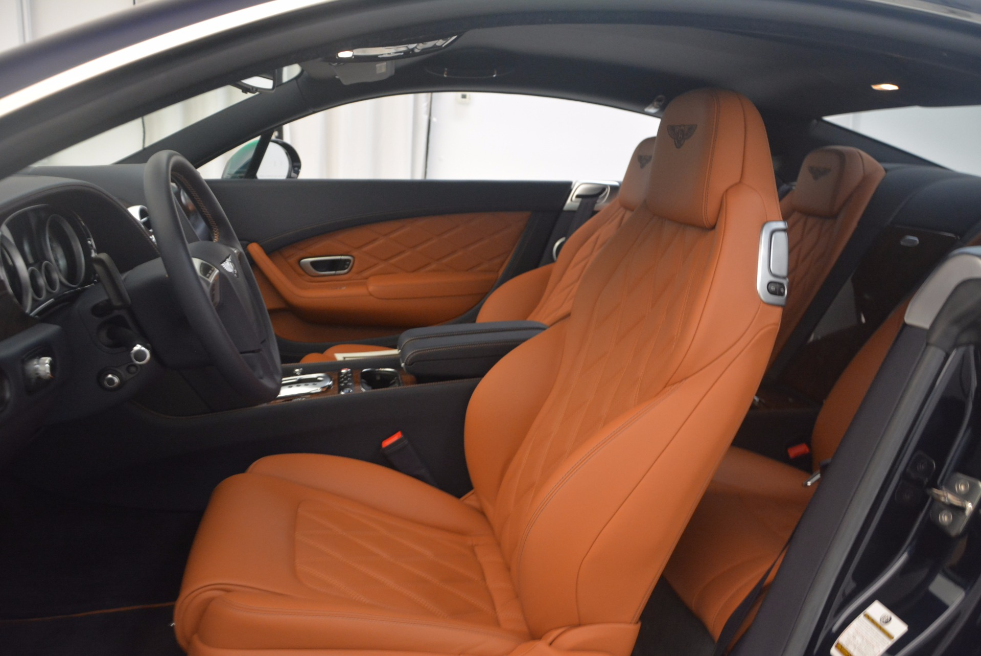 Used 2014 Bentley Continental GT V8 For Sale In Greenwich, CT 1187_p19