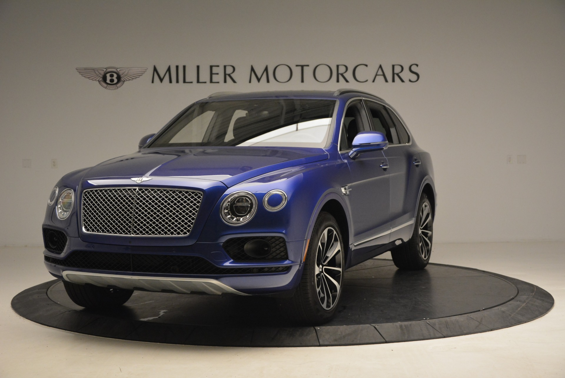 New 2017 Bentley Bentayga  For Sale In Greenwich, CT 1198_main