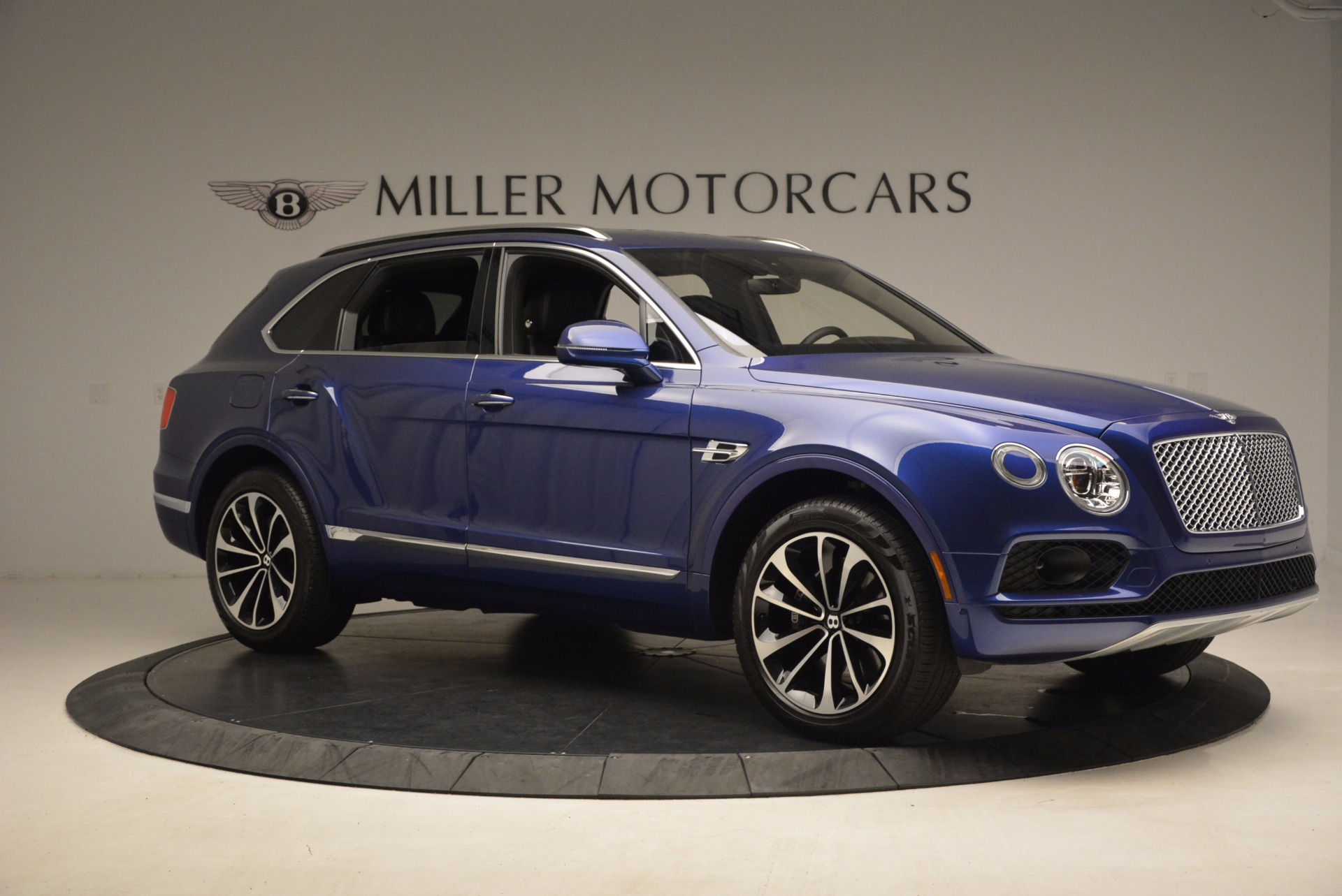 New 2017 Bentley Bentayga  For Sale In Greenwich, CT 1198_p10