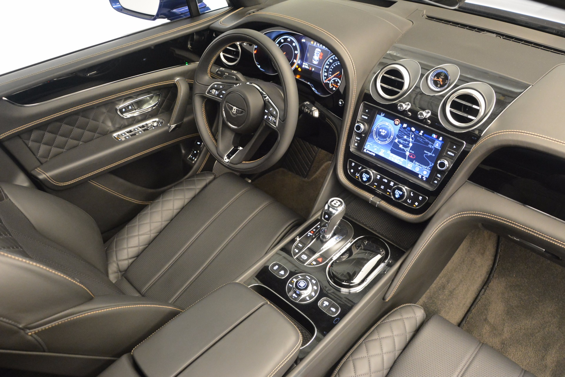 New 2017 Bentley Bentayga  For Sale In Greenwich, CT 1198_p42