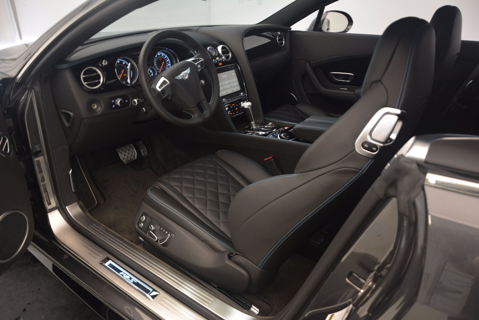 Used 2016 Bentley Continental GT V8 S For Sale In Greenwich, CT 1214_p24
