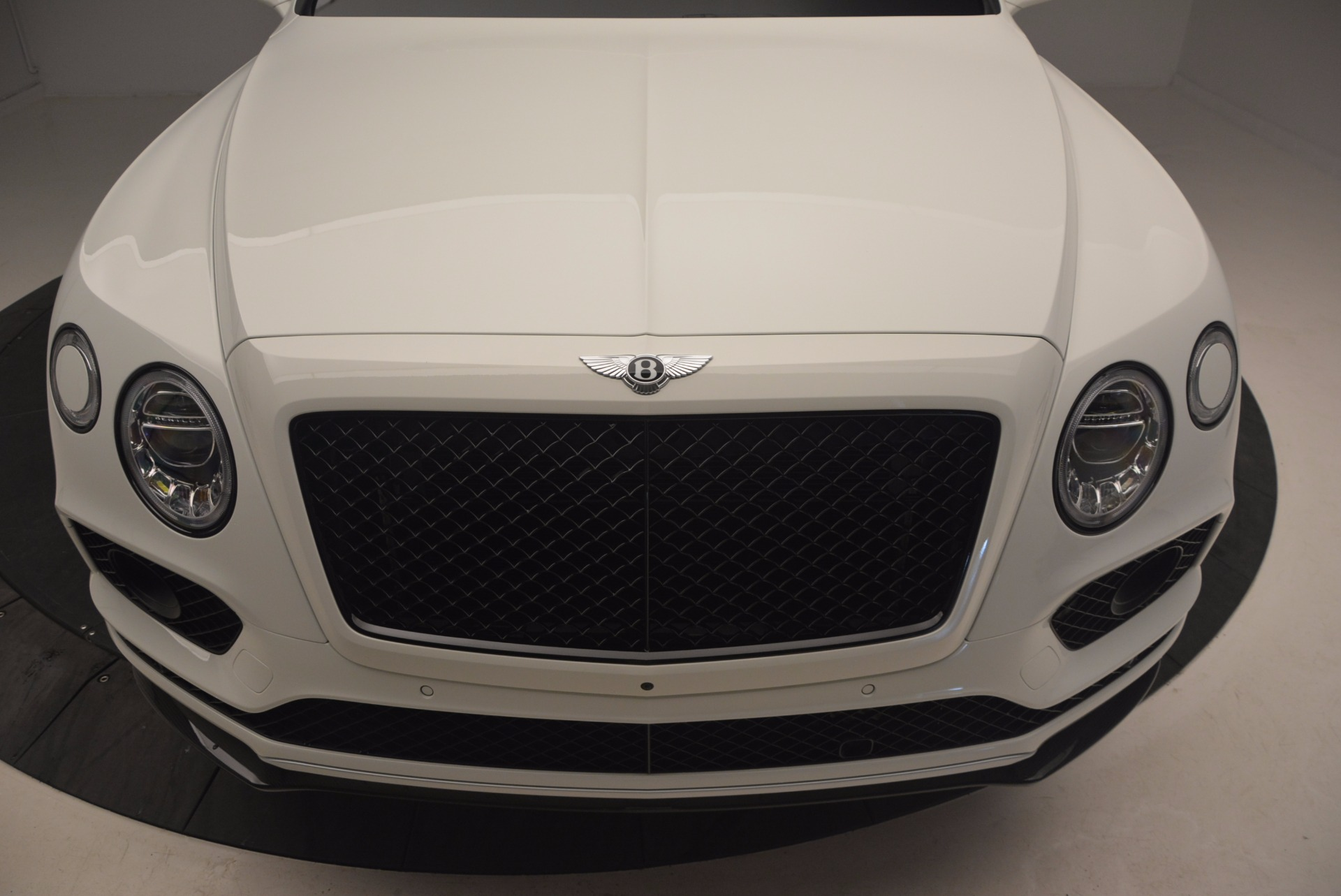 New 2018 Bentley Bentayga Black Edition For Sale In Greenwich, CT 1221_p13