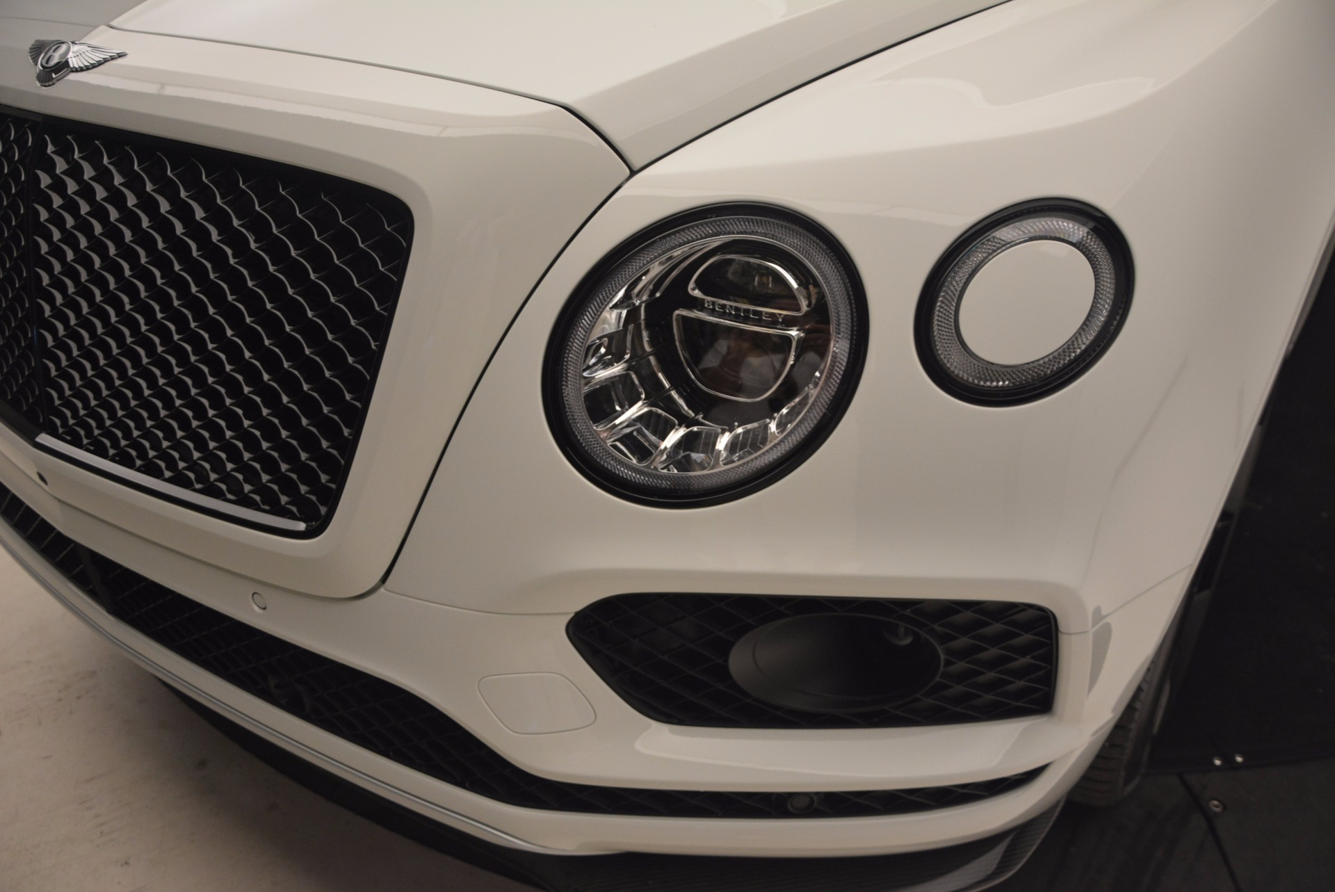 New 2018 Bentley Bentayga Black Edition For Sale In Greenwich, CT 1221_p17