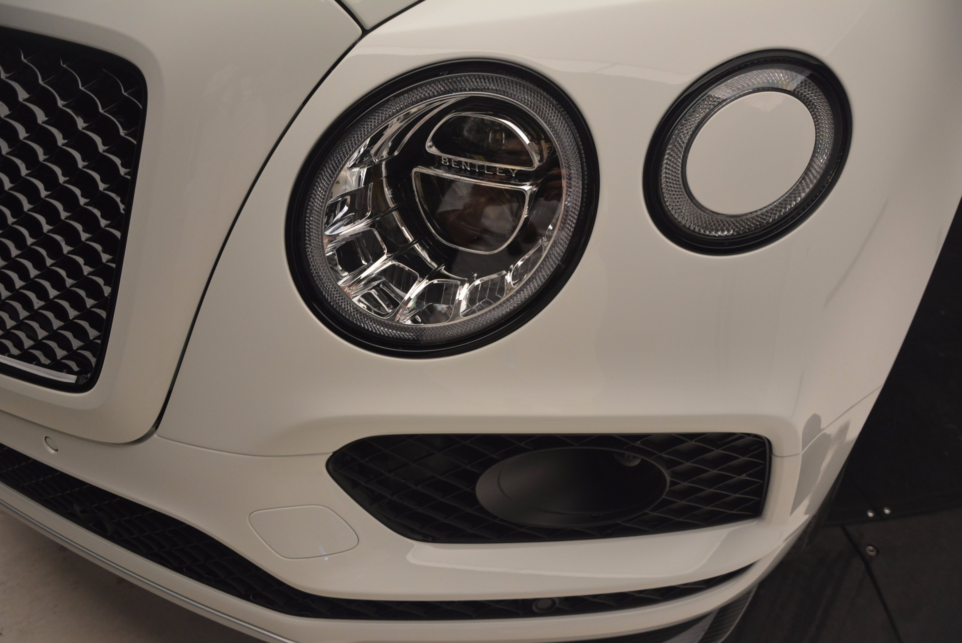 New 2018 Bentley Bentayga Black Edition For Sale In Greenwich, CT 1221_p18