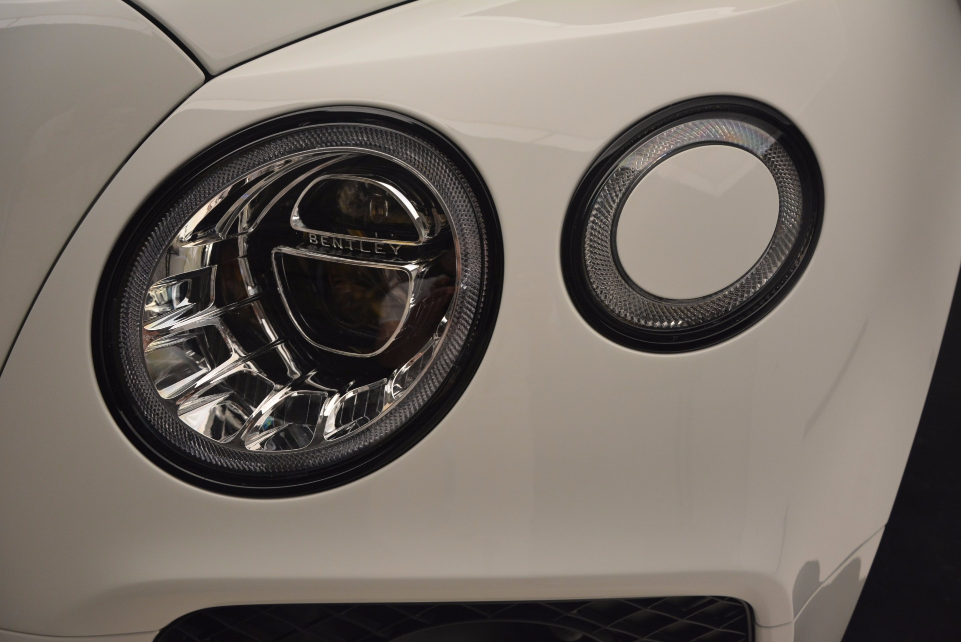 New 2018 Bentley Bentayga Black Edition For Sale In Greenwich, CT 1221_p19