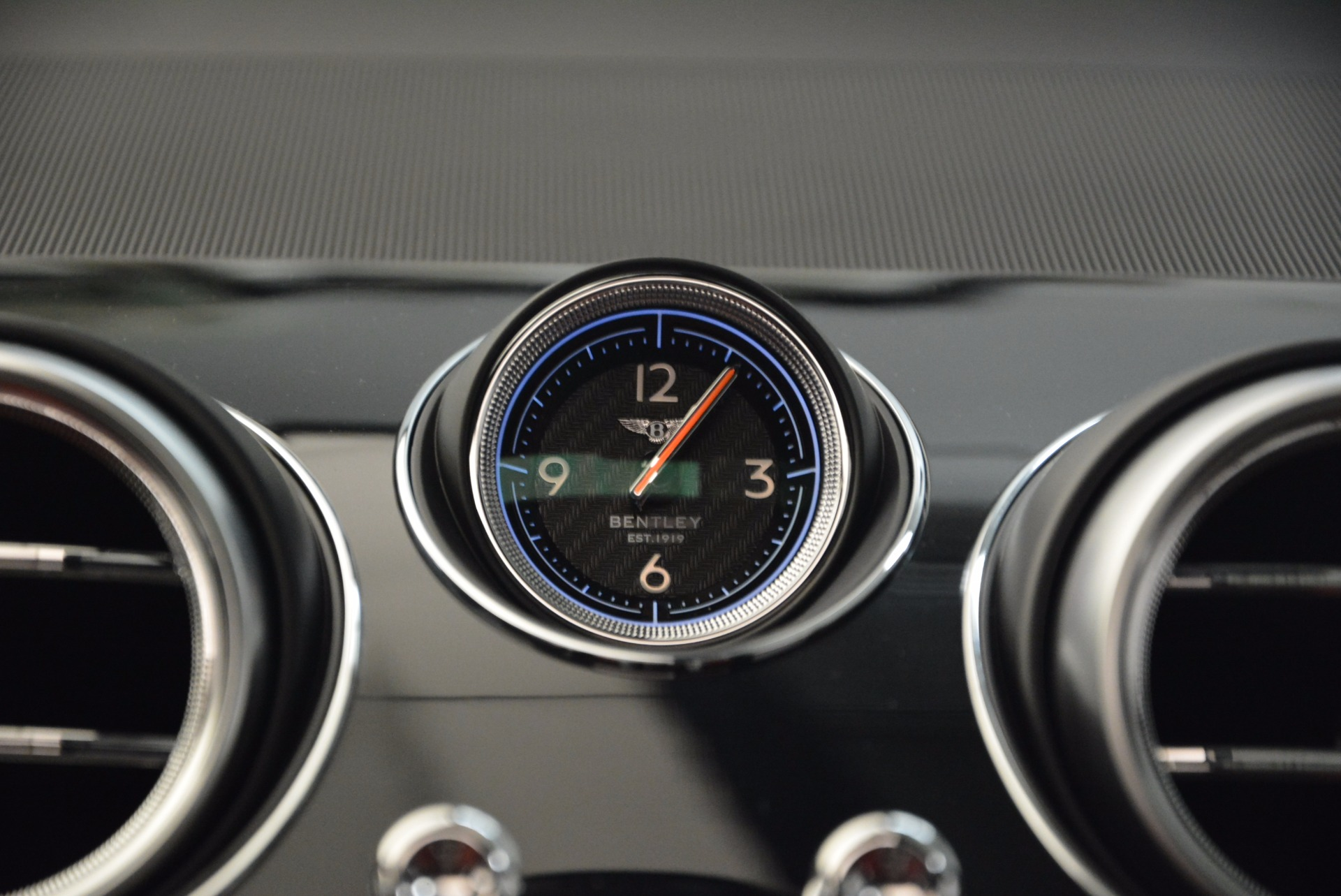 New 2018 Bentley Bentayga Black Edition For Sale In Greenwich, CT 1221_p44