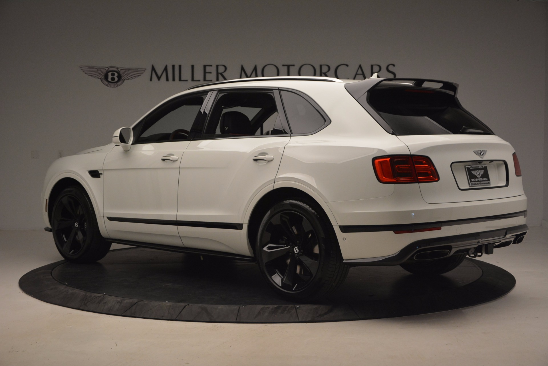 New 2018 Bentley Bentayga Black Edition For Sale In Greenwich, CT 1221_p4