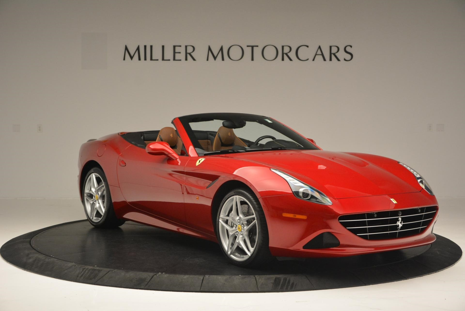 Used 2015 Ferrari California T  For Sale In Greenwich, CT 123_p11