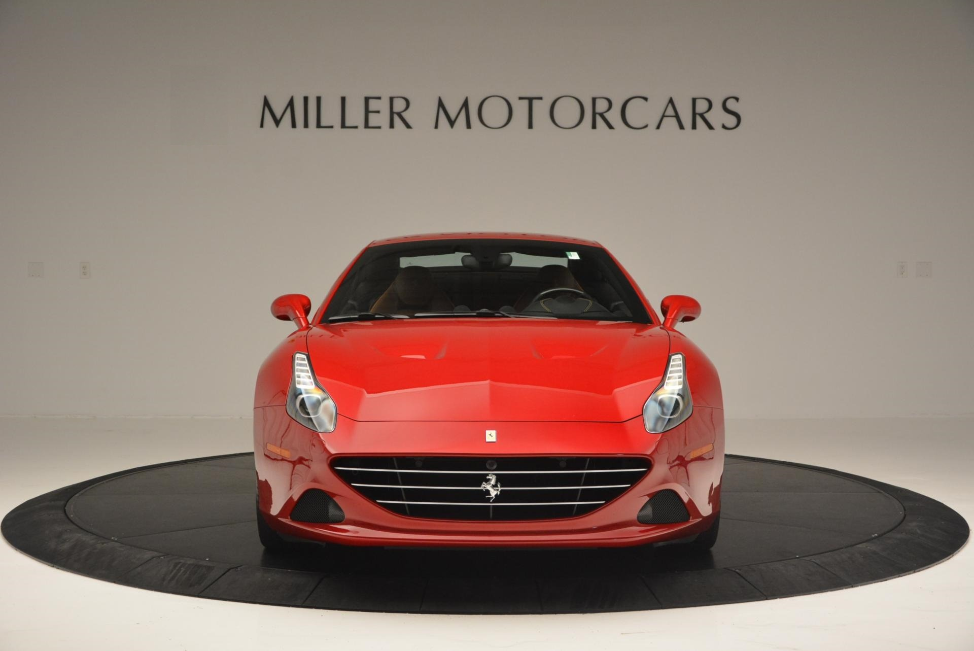 Used 2015 Ferrari California T  For Sale In Greenwich, CT 123_p24