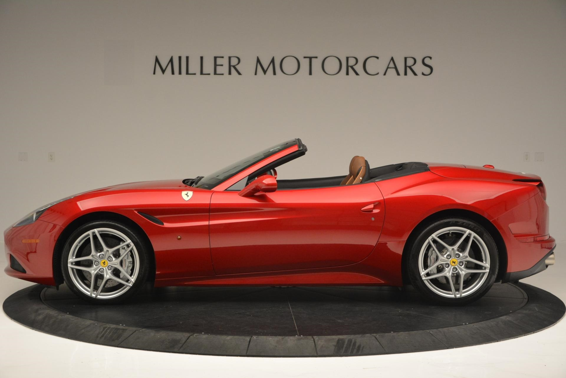 Used 2015 Ferrari California T  For Sale In Greenwich, CT 123_p3
