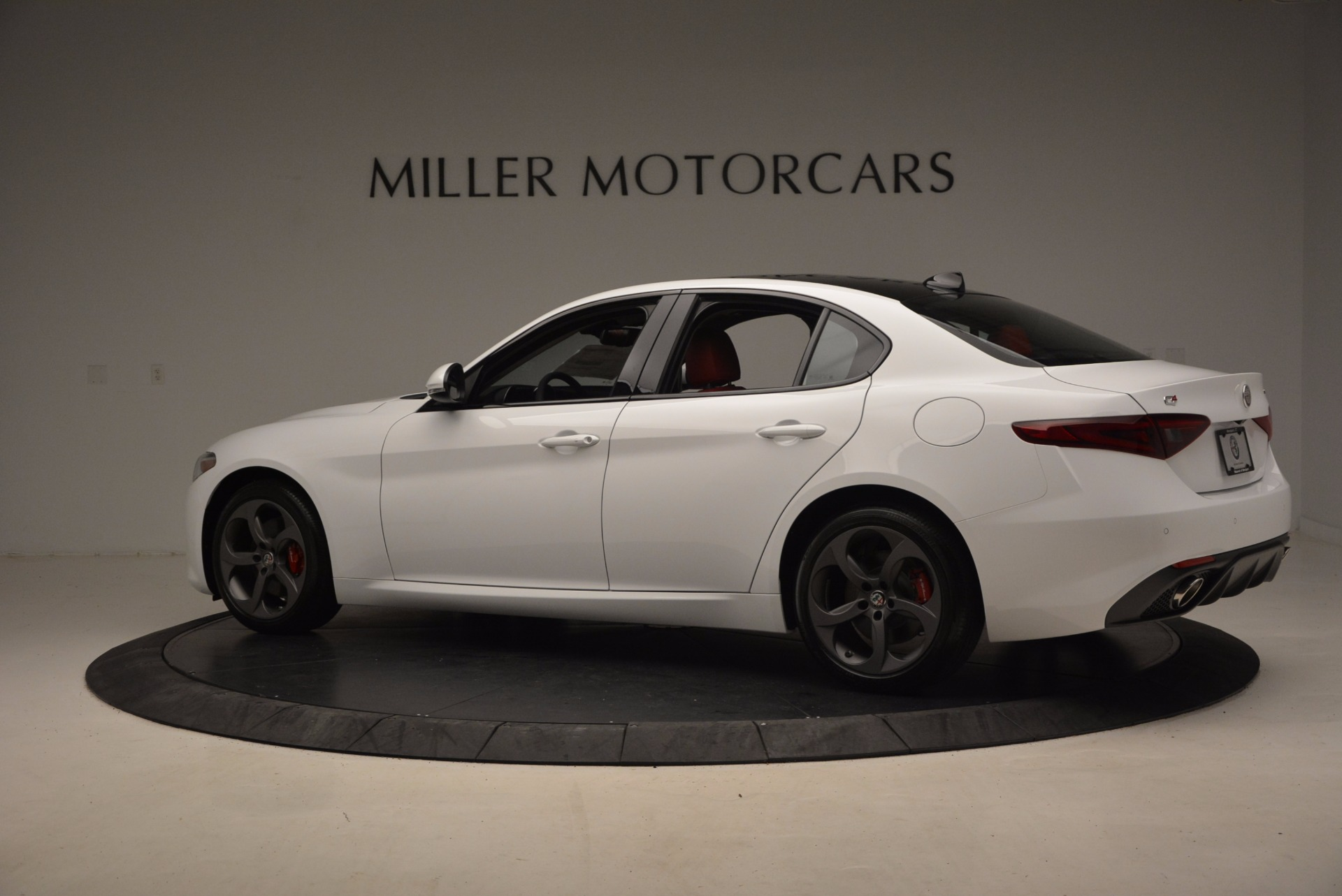 New 2017 Alfa Romeo Giulia Q4 For Sale In Greenwich, CT 1242_p6