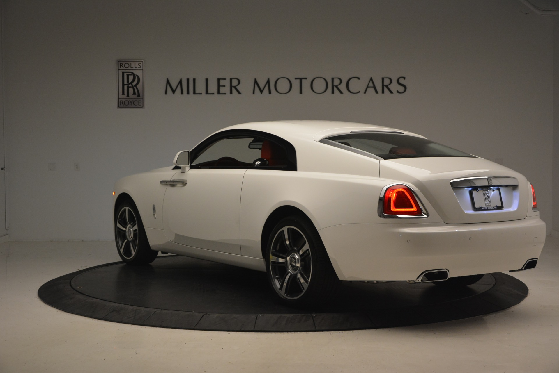 Used 2017 Rolls-Royce Wraith  For Sale In Greenwich, CT 1247_p5