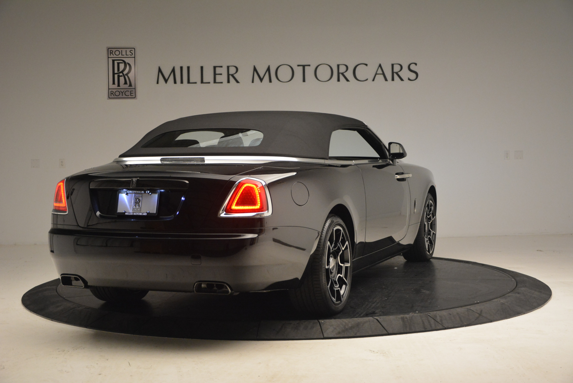 New 2018 Rolls-Royce Dawn Black Badge For Sale In Greenwich, CT 1249_p19