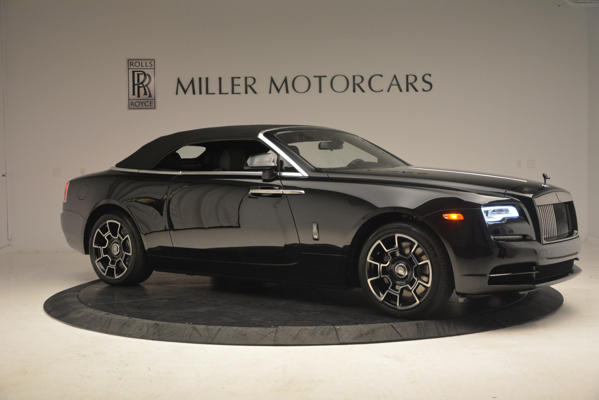 New 2018 Rolls-Royce Dawn Black Badge For Sale In Greenwich, CT 1249_p22