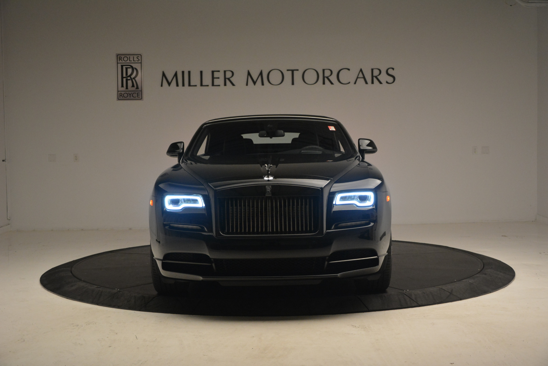 New 2018 Rolls-Royce Dawn Black Badge For Sale In Greenwich, CT 1249_p24