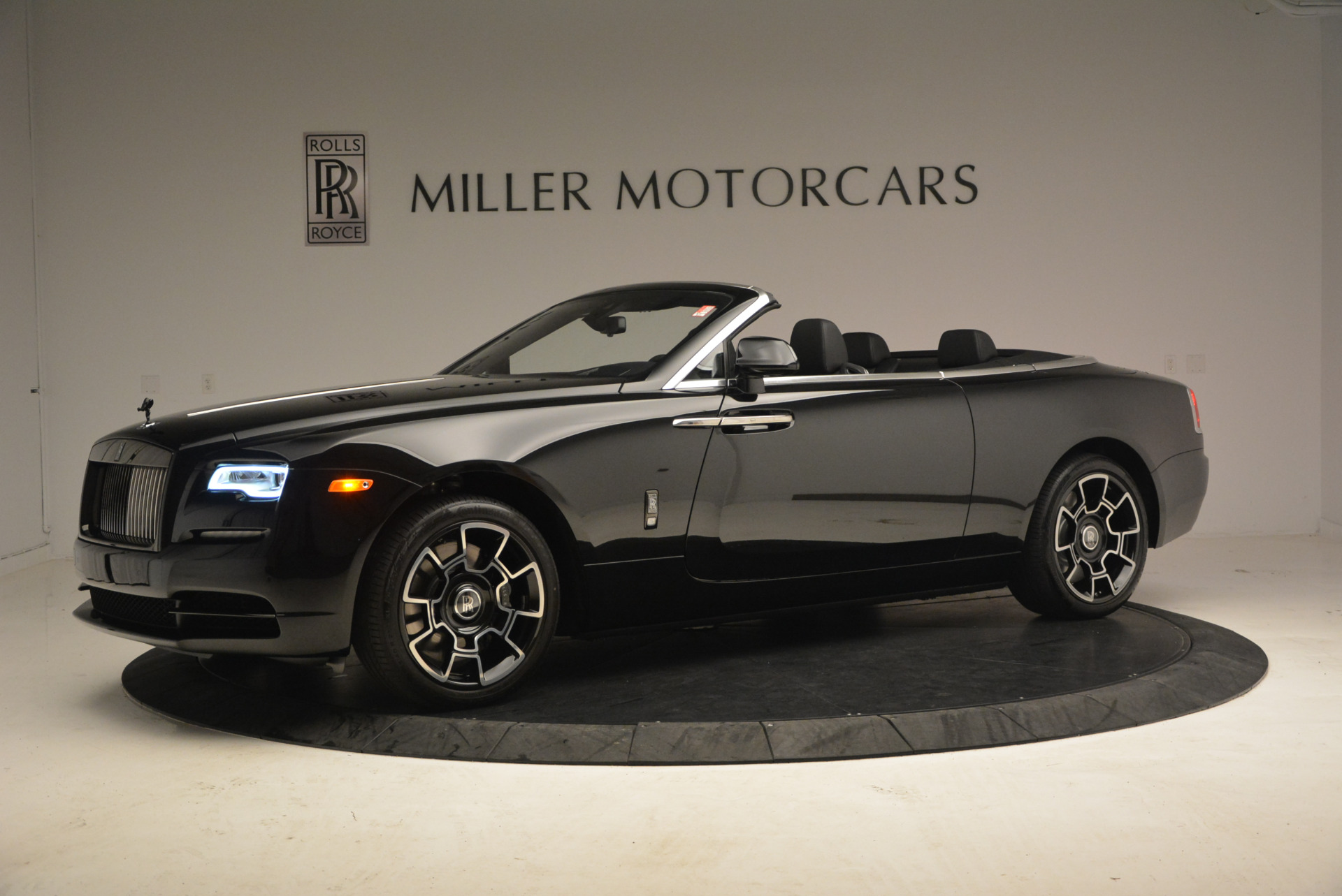 New 2018 Rolls-Royce Dawn Black Badge For Sale In Greenwich, CT 1249_p2