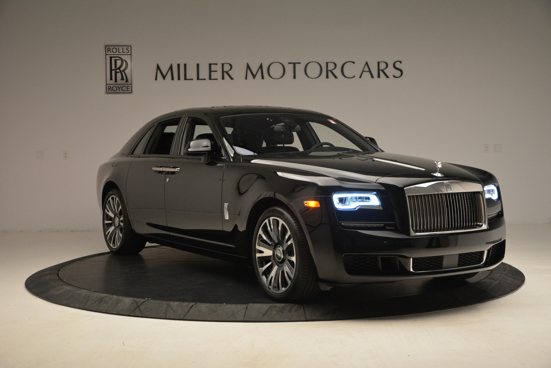 New 2018 Rolls-Royce Ghost  For Sale In Greenwich, CT 1252_p13