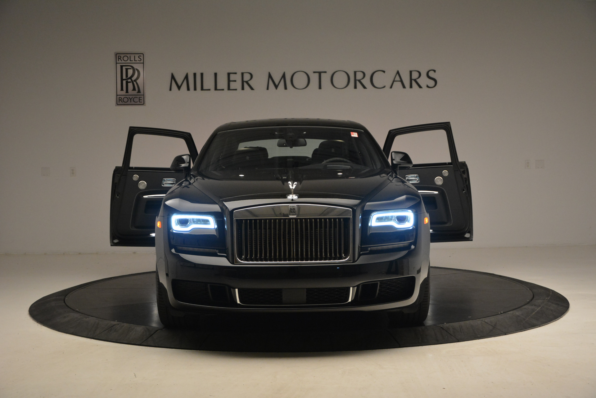 New 2018 Rolls-Royce Ghost  For Sale In Greenwich, CT 1252_p15